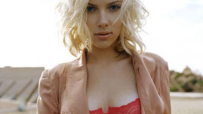 Tentación escarlata: los GIFs más sexys de Scarlett Johansson