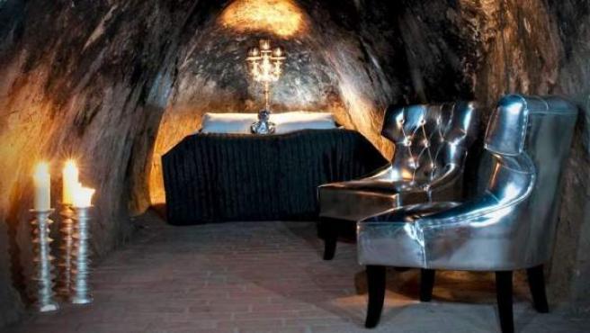 La cama de la suite de esta mina a 155 metros de profundidad.