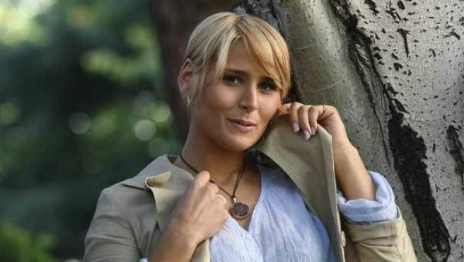 La cantante Rosa López posa para sus fans.