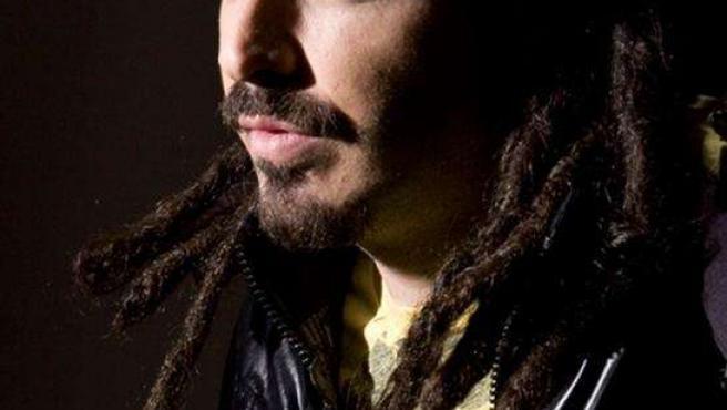 El cantante extremeño Huecco en su último videoclip 'Se acabaron las lágrimas'