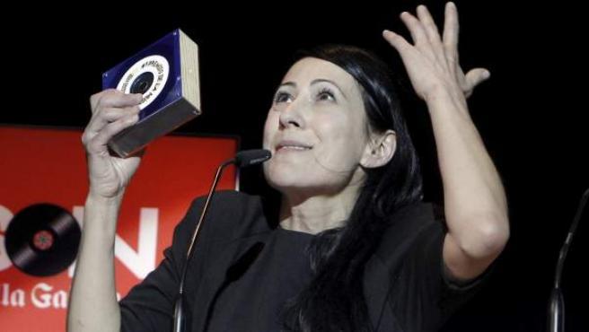 El Columpio asesino recoge uno de los cuatro galardones que obtuvo en los Premios de la Música Independiente 2012.