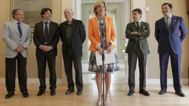 La presidenta de Madrid, Esperanza Aguirre, interviene al inicio de la reunión que mantuvo con ejecutivos de Las Vegas Sands.