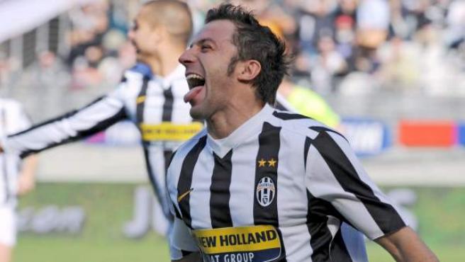 Alessandro Del Piero celebra un gol con la Juventus.