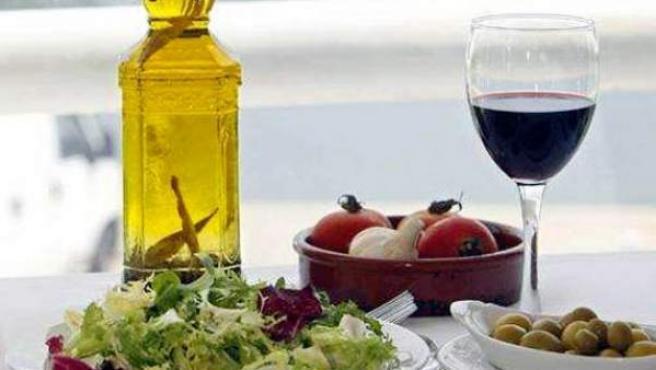 Las virtudes de una dieta basada en el aceite de oliva.