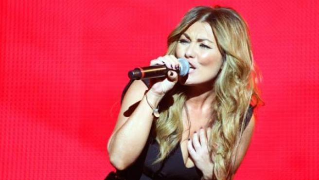 Amaia Montero durante su actuación en el festival Rock in Rio 2012.