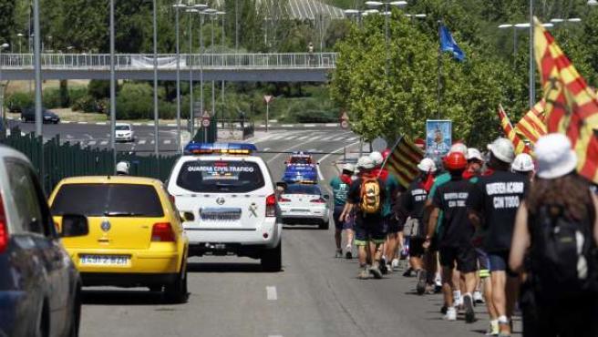 Entrada a Madrid de grupo de mineros por la carretera