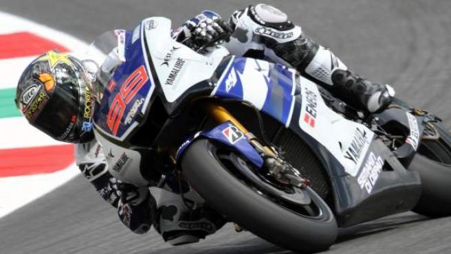 Lorenzo traza una de las curvas este viernes en el circuito de Mugello (Italia).
