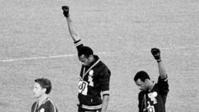 Tommie Smith y John Carlos encarnaron en el podio de los 200 metros la protesta más célebre por la mejora de los derechos civiles de la raza negra en Estados Unidos.