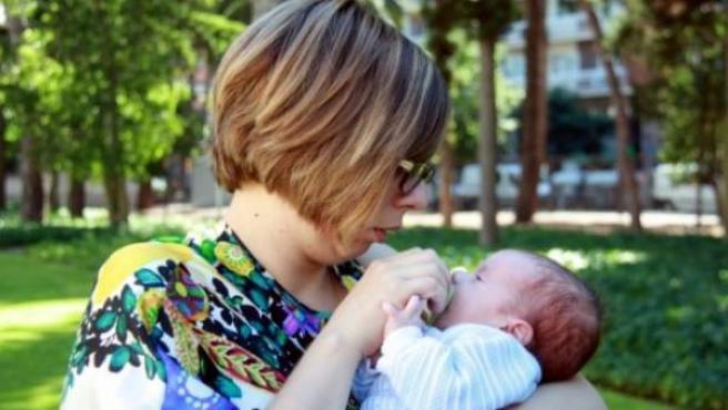 Vanessa Pastor es la primera mujer que ha sido madre después de superar un cáncer de ovarios.