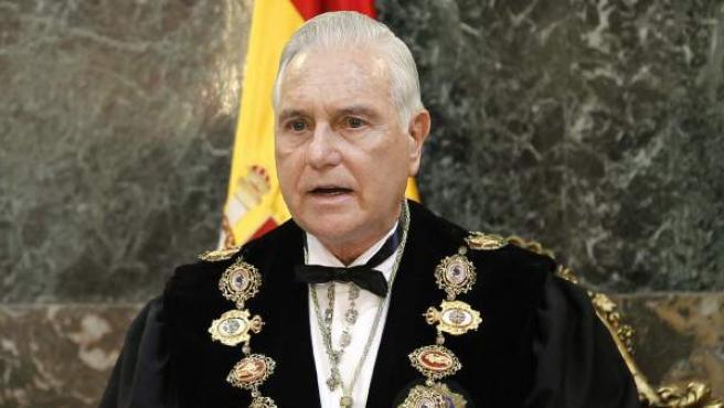 El presidente del Tribunal Supremo y del Consejo General del Poder Judicial, Carlos Dívar.