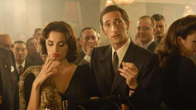 Penélope Cruz y Adrien Brody en 'Manolete'.