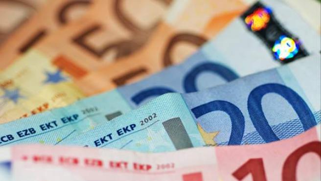 Varios billetes de euro, en una imagen de archivo.