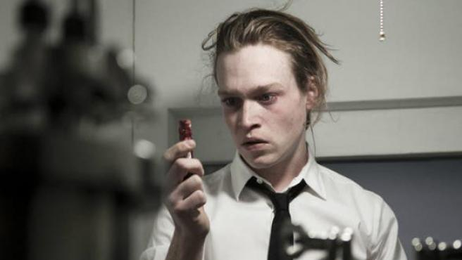 Tráiler de 'Antiviral': Brandon Cronenberg da tanta grima como su padre
