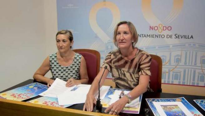 Sánchez Estrella y la directora de la Bienal, Rosalía Gómez, hoy en Sevilla