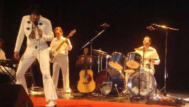Espectáculo musical basado en un concierto que realizó Elvis Presley