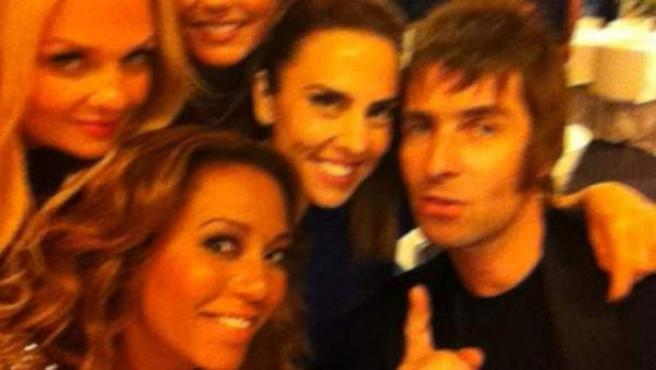Las Spice Girls, sin Victoria Beckham, con Liam Gallagher.