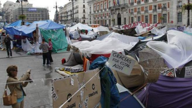 Imagen del campamento del movimiento 15M en la Puerta del Sol.