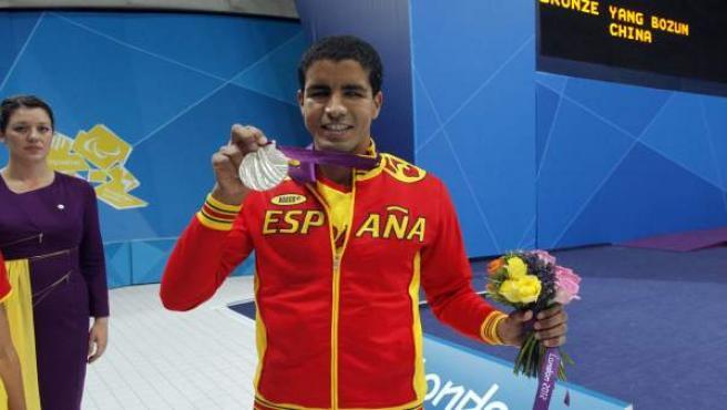 El nadador paralímpico, Enhamed Enhamed, plata en Londres 2012.