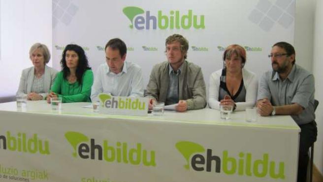 Rueda de prensa de EH Bildu en Pamplona.