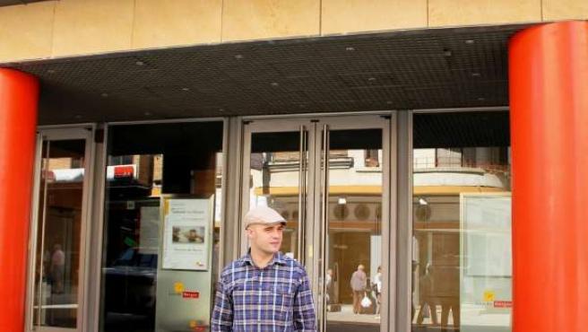 El artista asturiano Marcos Tamargo en Aranda de Duero (Burgos)