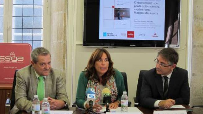 La directora del ISSGA, Adela Quinzá-Torroja, Carlos Llanos y Emérito Núñez