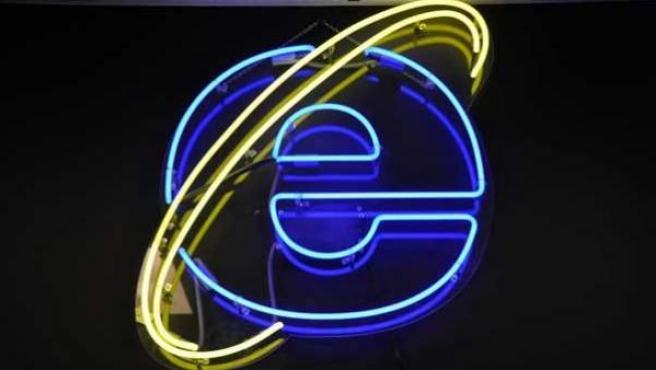 Logo del navegador de Microsoft, Internet Explorer.