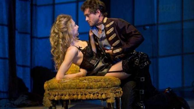 Nina Arianda y Hugh Dancy, protagonistas de la adaptación teatral de 'Venus in Fur'.