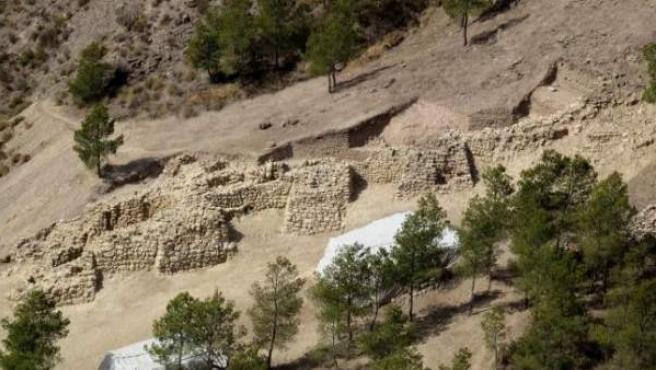 Fortificación en el yacimiento de La Bastida.