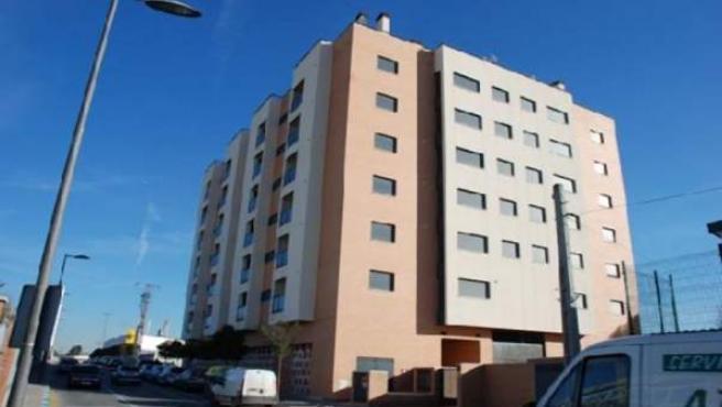 Bloque de pisos que Caja Madrid vende en Valdemoro.