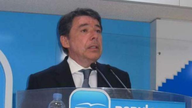 Ignacio González, en una imagen de archivo durante un acto de partido.
