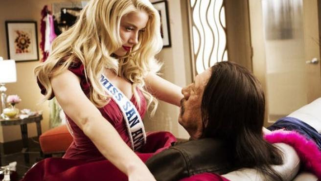 'Machete Kills': Primera foto oficial con Danny Trejo y Amber Heard