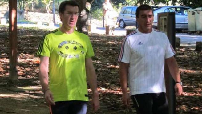 Alberto Núñez Feijóo practica 'footing' en la jornada de reflexión