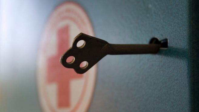 Un botiquín con llave.