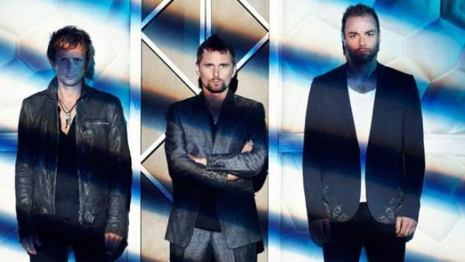 Los componentes de Muse: Dominic Howard (izda), Mattew Bellamy (centro) y Christopher Wolstenholme (dcha.).