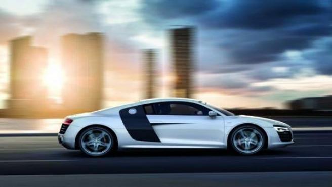 La variante más potente, en combinación con el cambio S tronic, dispara la velocidad máxima a 317 km/h.