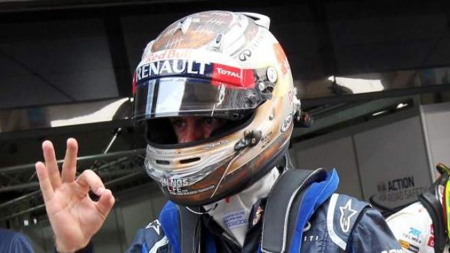 El piloto de Red Bull, Sebastian Vettel, celebra la pole en el G.P. de India.