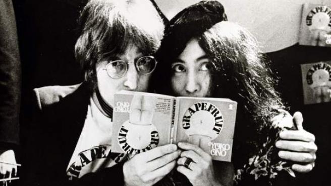 John Lennon y Yoko Ono, en la década de los 70.