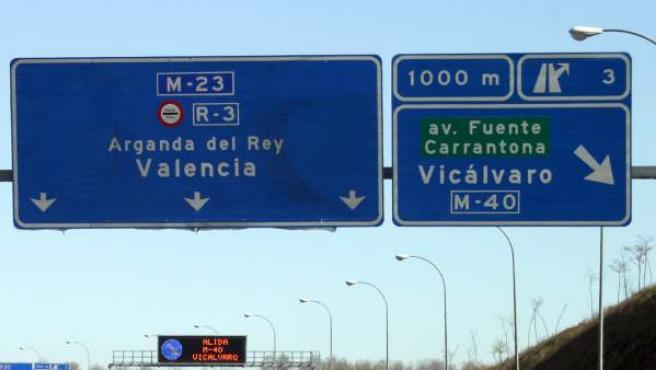Imagen de archivo de unas señales de tráfico en Madrid.