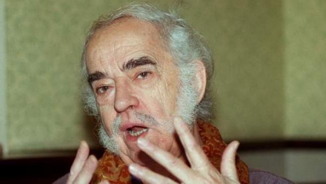Fotografía del año 2000 de Agustín García Calvo.