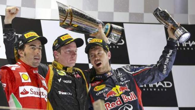 Podio en Abu Dabi con Alonso (2º), Raikkonen (1º) y Vettel (3º).