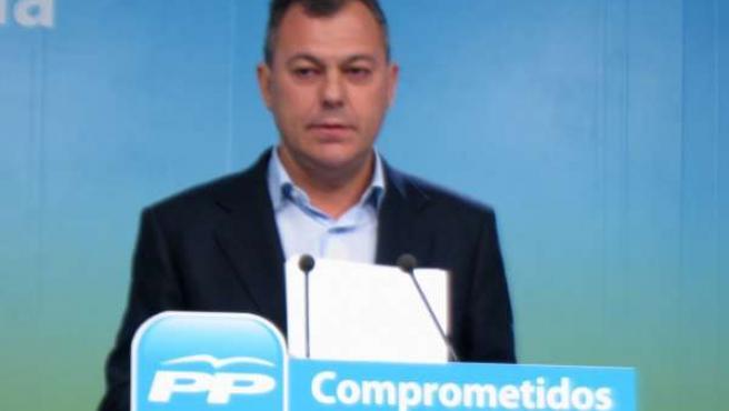 El secretario general del PP-A, José Luis Sanz, hoy en Sevilla en rueda de prens