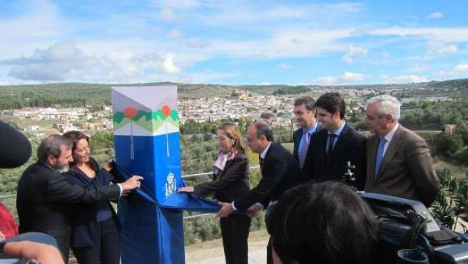 Pastor junto a la delegada del Gobierno en Andalucía y el subdelegado en Jaén