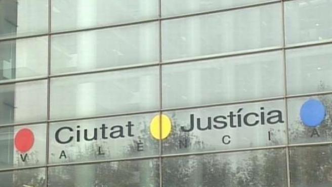 Imagen De La Fachada De La Ciudad De La Justicia