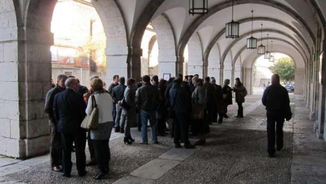 Concentración de cargos públicos del PSOE en el Parlamento