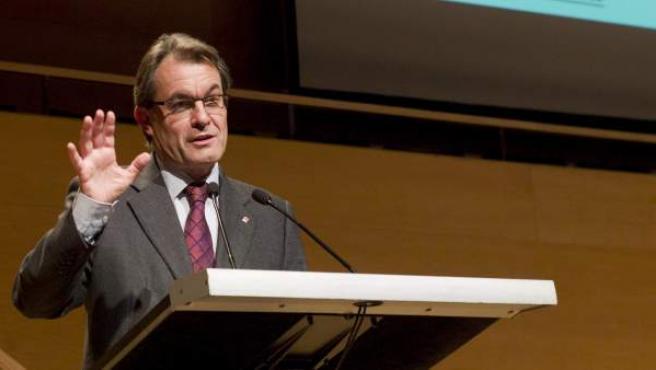 El presidente de la Generalitat, Artur Mas, durante su intervención en la inauguración de la 51 edición de la Feria de Muestras de Girona.