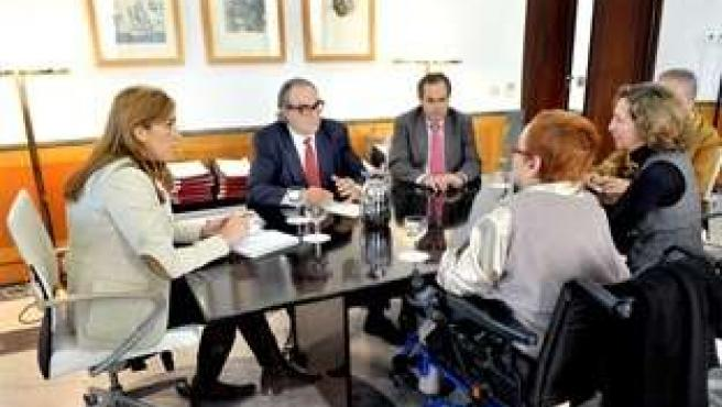 Susana Díaz, este lunes durante su reunión con Cermi-Andalucía