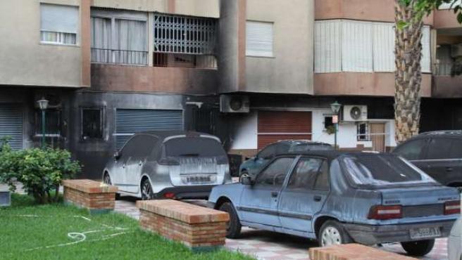 VEHICULOS SACADOS INTERIOR GARAGE Y EFECTOS EDIFICIO