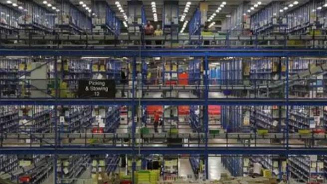 Imagen del interior de un almacén de Amazon.