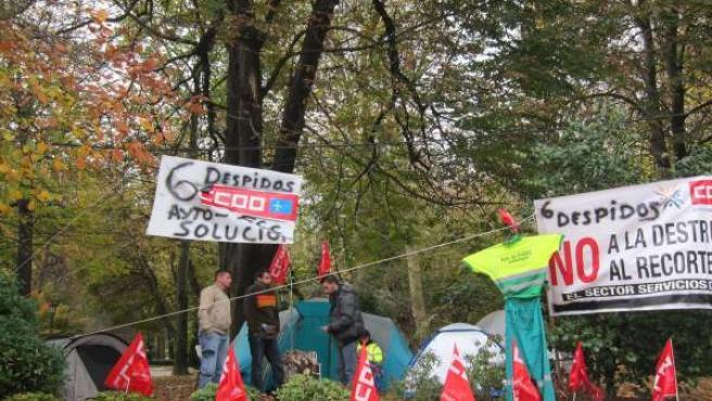 Trabajadores de jardines acampados en Oviedo