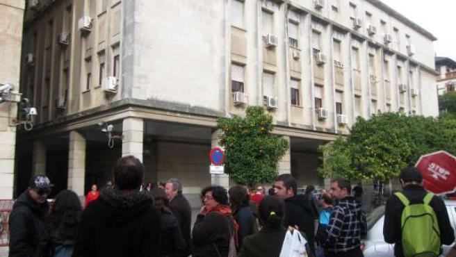 Concentración ante los juzgados del Prado por detenidos en 'Corrala Ilusión'